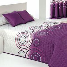 Discount Bedroom Furniture, Bedroom Furniture Design, Bedroom Decor, Quilted Curtains, Designer Bed Sheets, Embroidered Bedding, Flannel Quilts, Cute Bedroom Ideas, Bed Linen Design