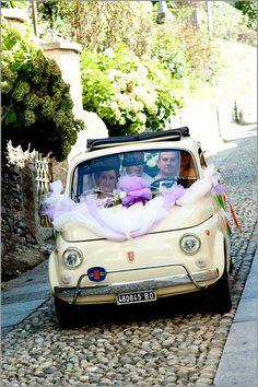 Wedding day in a Fiat 500