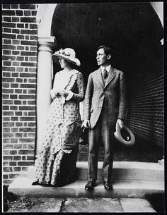 Virginia and Leonard Woolf, 1912, This photograph was taken at Dalingridge Place, the Sussex home of Virginia's half-brother George Duckworth