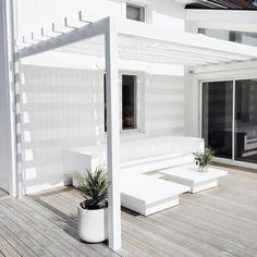 Är så nöjd att vi valde att bygga en pergola. Blir så ombonat och mysigt 😃 #interior #inspo #interior4all #nordic #interiör #interior2you…