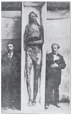 "They might be giants... Here's one for your ""Forbidden Archaeology"" file.Scientists are remaining stubbornly silent about a lost race of giants found in burial mounds near Lake Delavan, Wisconsin, in May 1912."