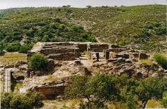 Muitos vestígios históricos ficaram submersos com a construção da barragem