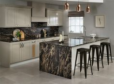 thin worktop with country kitchen Marbled Cappucino Kitchen Reviews, Work Tops, Kitchen Paint, Küchen Design, Lighting Solutions, New Trends, Home Projects, Flooring, Dining