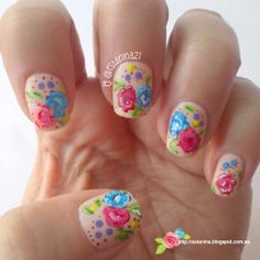 Manicura de rosas con píntura acrílica / Acrylic Roses manicure