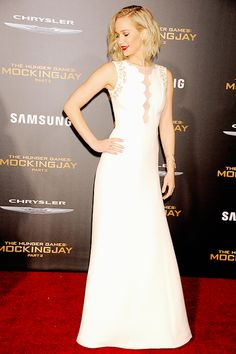 Jennifer Lawrence – 'The Hunger Games: Mockingjay – Part 2' premiere in Los Angeles