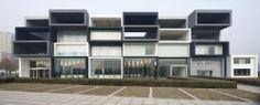 Pixel Modelroom en Beijing / SAKO Architects
