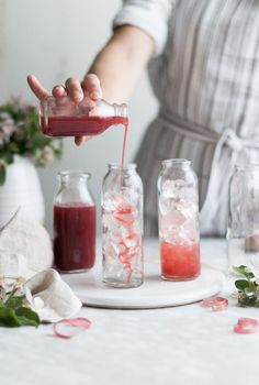 Raspberry Rhubarb & Rose Shrubs - The Kitchen McCabe Drink Me, Shrub Drink, Shrub Recipe, Smothie, Beste Cocktails, Raspberry Rhubarb, Silvester Party, Non Alcoholic Drinks, Beverages