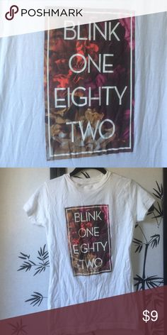 Blink-182 Band Tee excellent condition band tee, soft enough to sleep in! Tops Tees - Short Sleeve
