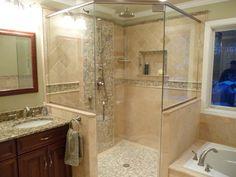 Bathroom Design: Elegant Traditional Bathroom Design With Pattern Corner Shower Tile Ideas Bathroom Design Small, Bath Design, Modern Bathroom, Small Bathrooms, Bathroom Designs, 1950s Bathroom, Narrow Bathroom, Classic Bathroom, Bathroom Interior