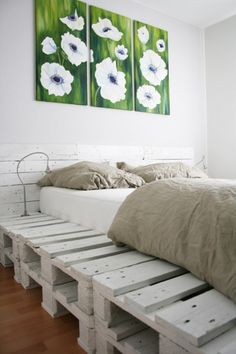 diy pallet bed via the improvised life    pallet-1-1