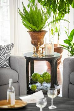 Nature is your best friend. So why not add a little natural decor with our Prentice circle end table?