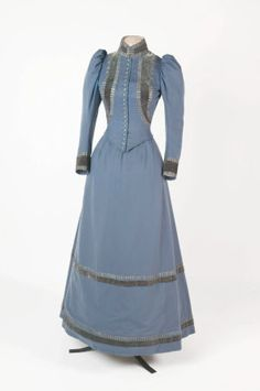 Walking dress Stringer National Trust Inventory Number 604640 Category Costume Date 1895 Materials Wool Measurements Place of origin Belfast
