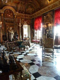 Chateau du champs de bataille le salon d 39 apollon for Salon d apollon