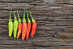 Zpracování chilli 5, Foto: Thinkstock Nalu, Pickles, Carrots, Chili, Vegetables, Food, Chile, Essen, Carrot