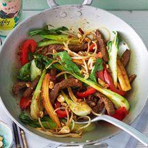 Gemüsewok mit Steakstreifen und Cashew PP 5