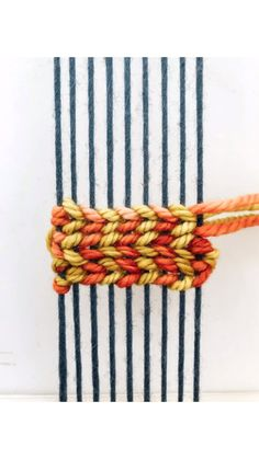 DIY Weaving Tutorial: Double SoumakYou can find Weaving projects and more on our website. Weaving Loom Diy, Weaving Art, Tapestry Weaving, Loom Weaving Projects, Rug Loom, Straw Weaving, Inkle Loom, Loom Knitting Projects, Weaving Wall Hanging