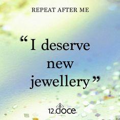 """""""Una mujer necesita tiras y tiras de perlas"""".📿📿Coco Chanel  #jewelry #jewelrydesign #jewelrygram #fashion #jewelryhandmade #jewelrymaker #hechoamano #hechoenmexico #hechoconamor #hechopormexicanos #hechoparati #silverjewelry #consumelocal #compramexicano #diseñomexicano #diseñopropio #diseñosunicos #diseñosexclusivos #plata #platamexicana #platamexicana925 #plata925"""
