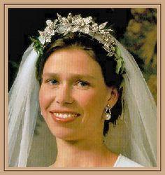 Lady Sarah Armstrong-Jones Chatto.  Daughter of Princess Margaret