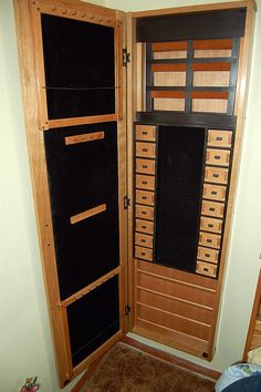 How To Choose Your Jewelry Armoire Jewellery Storage, Jewellery Display, Jewelry Organization, Jewelry Cabinet, Jewelry Armoire, Big Jewelry, Custom Jewelry, Computer Armoire, Dressing Table Design