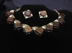Beautiful Coro Necklace & Clip on Earrings Chocolate Brown on Gold tone Links16"