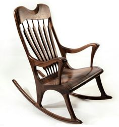 Chaise berçante en noyer noir - Walnut handmade rocking chair - www.maxpoisson.com