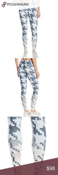 alo yoga // flat seam pixel legging NWT ALO Yoga pixelized airbrush legging. Concealed key pocket at waistband, ALO logo at calf. Full-length. ALO Yoga Pants Leggings