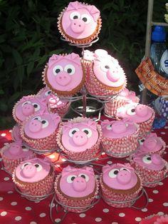 Little Piglet Cupcakes for farm party Farm Animal Cakes, Farm Animal Party, Farm Animal Birthday, Barnyard Party, Cowgirl Birthday, Cowgirl Party, Farm Birthday, Farm Party, Birthday Ideas