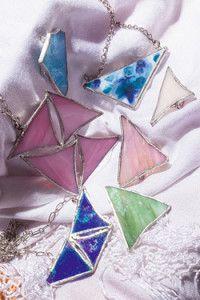 Creative Company | Classy Glass Art: Brooches and pendants