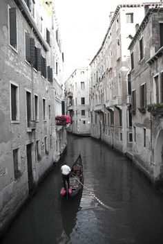 12 Photos of Venice to Inspire You!  http://www.theculturewok.com/2015/07/25/12-photos-of-venice-to-inspire-you/