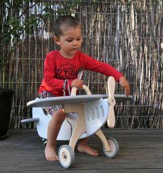 Spielzeug für Kinder aus Holz: Flugzeug zum Draufsitzen / wooden plane for the nursery made by Ekoleko via DaWanda.com