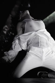 Omoooo!! O_O Tao's so sexy!!!