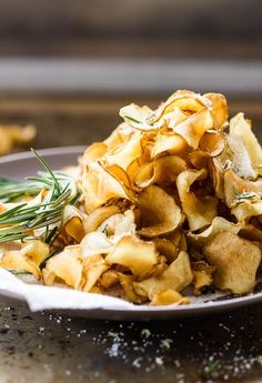 crispy sunchoke chips with lemon-rosemary salt | theclevercarrot.com