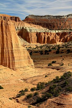 Lovely Valley, Cathedral Valley Capitol Reef, Utah Trip Planner, Travel Planner, Capitol Reef National Park, National Parks, Utah Adventures, Usa Trip, Travel Bugs, State Parks, Places To See