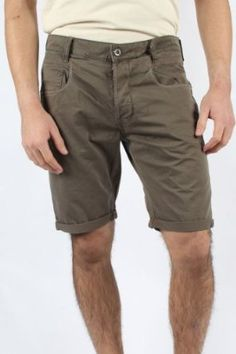 G-Star Raw - Mens New Radar Shorts in Tarmac, Size: 32, Color: Tarmac G-Star. $109.15