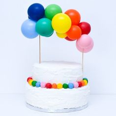 Cupcake Bouquet Discover Bespoke Balloon Garland Cake Topper - Choose Your Colours! Bespoke Cake Balloon Garland Topper - Choose Your Own Colours Balloon Clouds, Mini Balloons, Balloon Cake, Rainbow Balloons, Large Balloons, Balloon Garland, Cake Rainbow, Balloon Party, Colourful Balloons