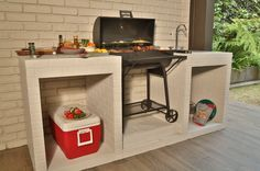 Amazing Outdoor Patio Barbecue Grill Ideas: Do you think that having a piece of BBQ stand in your house garden will bring a source of thrilling entertainment in the nightlife gatherings. Decor, Barbecue Design, Outdoor Kitchen Design, Diy Patio, Patio Decor, Apartment Patio, Diy Front Porch, Outdoor Kitchen Patio, Grill Design