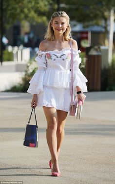 Georgia 'Toff' Toffolo pulled another sartorially savvy look out of the bag as she arrived at the ITV Studios in London on Thursday morning Made In Chelsea, Thursday Morning, Always Smile, Beautiful Legs, Reality Tv, Mail Online, Daily Mail, Georgia, Celebrity Style
