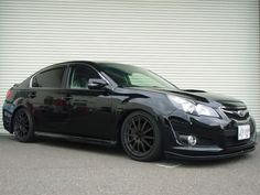 Subaru Legacy black