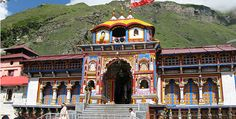 Shri Badrinath Temple situated in Chamoli District of Uttarakhand state in India. Sometimes it called Badrinarayan Temple. It is considered one of the holiest Hindu pilgrimage temple dedicated to Lord Vishnu.