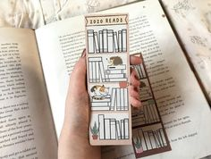 Creative Bookmarks, Diy Bookmarks, Bullet Journal Ideas Pages, Bullet Journal Inspiration, Tittle Ideas, Reading Tracker, Bookmark Craft, Watercolor Bookmarks, Book Markers