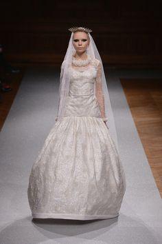 Oscar Carvallo Haute Couture Autumn/Winter 2014-15