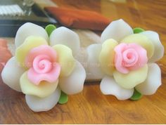 5pcs Polymer Clay beads White Rose Loose bead 30mm