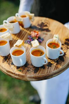 warming winter wedding recipes favor soups for guests wedding food Top 10 Inspirational & Quirky Ideas for Winter Wedding Favors Fall Wedding Menu, Winter Wedding Favors, Wedding Ideas, Budget Wedding, Wedding Planning, Party Wedding, Cheap Wedding Food, Indian Wedding Food, Wedding Food Menu