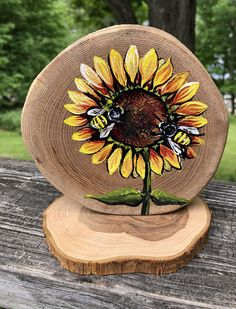 Wood Slice Crafts, Wood Crafts, Wood Burning Tool, Wedding Centerpieces, Wedding Table, Wow Art, Wood Creations, Wood Ornaments, Wood Slices