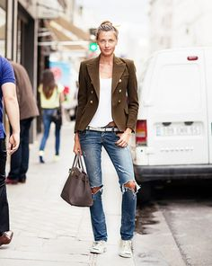 11 Things All Insanely Stylish People Do via @WhoWhatWear