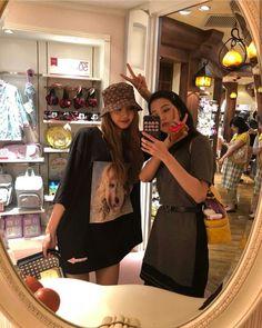 Blackpink Fashion, Korean Fashion, Fashion Tips, Jenny Kim, Black Pink ジス, Mode Ulzzang, Mode Kpop, Looks Black, Blackpink Photos