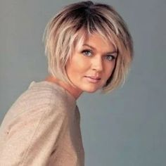 50 Chic Short Bob Hairstyles & Haircuts for Women in 2019 - Style My Hairs Short Thin Hair, Short Hair With Layers, Short Hair Cuts, Long Hair, Short Shag Hairstyles, Short Layered Haircuts, Layered Hairstyle, Layer Haircuts, Easy Hairstyle