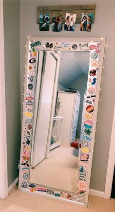 36 Creative Ways Fairy Lights Bedroom Ideas Teen Room Decor 70 # VSCO Room Ideas Bedroom Creative decor Fairy ideas lights room Teen Ways Diy Room Decor For Teens, Cute Room Decor, Room Ideas Bedroom, Room Decor Bedroom, Cozy Bedroom, Mirror Bedroom, Bedroom Designs, Light Bedroom, Teen Decor