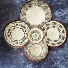 Beautiful set of 4 Binga baskets. Set of wall baskets for African/ Bohemian Wall Decor #WallBasketSet #HandwovenWallDecor #WovenWallBasket #HandmadeWallDecor #AfricanWallBasket #BingaWallBasket #AfricanHomeDecor #BingaBasket #AfricaWallHanging #BohemianWallDecor Bohemian Wall Decor, African Home Decor, T Set, Baskets On Wall, Decorative Plates, Hand Weaving, Etsy Seller, Creative, Beautiful