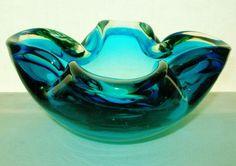 EXTRAORDINARY Sleekly CONTOURED Modern MID CENTURY Marvelous MURANO Glass BOWL